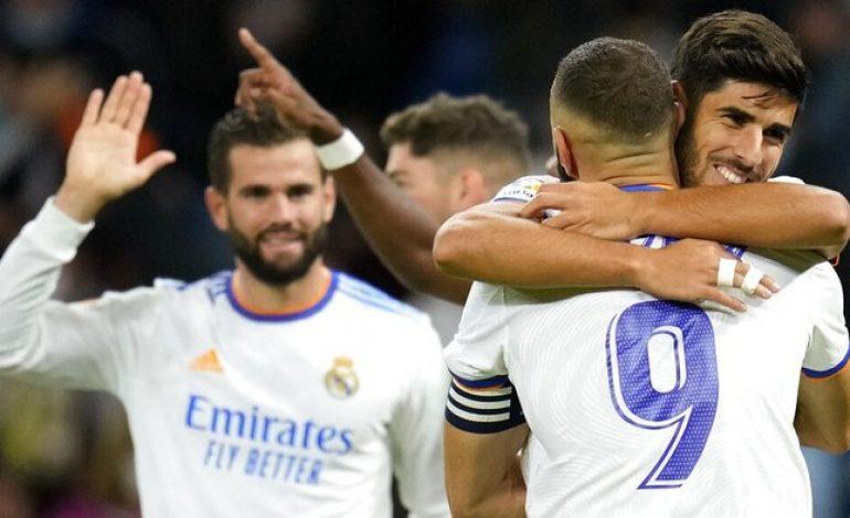 Real Madrid Bersenang-senang di Bernabeu